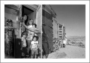 La Familia Hernandez, Juarez. ©BruceBerman1995