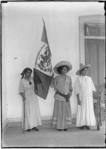 Maria Gonzalez and soldaderas.